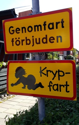 """Sicherheit wird v.a. für Kinder groß geschrieben (Bild: """"Würmchen-Geschwindigkeit"""")"""